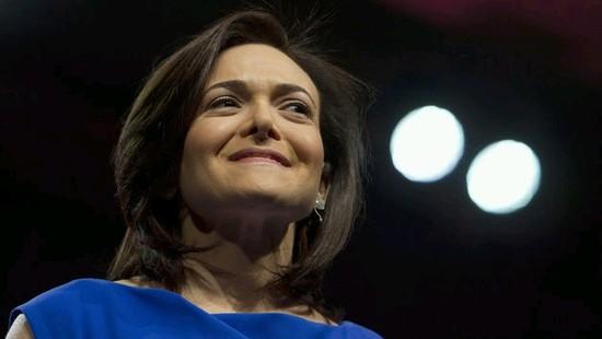 Facebook宣布提高合同工最低工资和其它福利